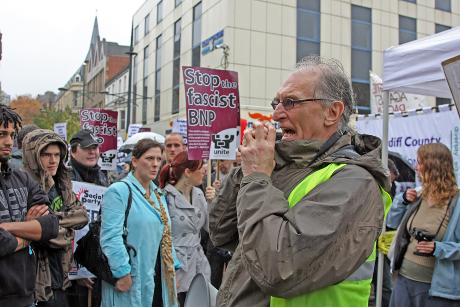 Anti, EDF, Demo, Demonstration, Newport, BNP, Fascist, John Frost, Square, Unite.